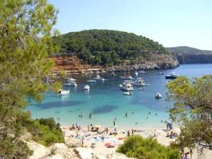 Calas de Ibiza que no puede dejar de visitar