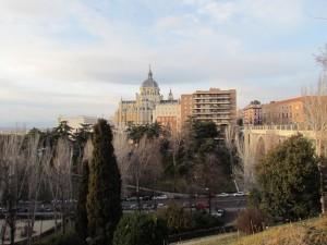 UN PASEO POR EL BARRIO DE PALACIO DE MADRID