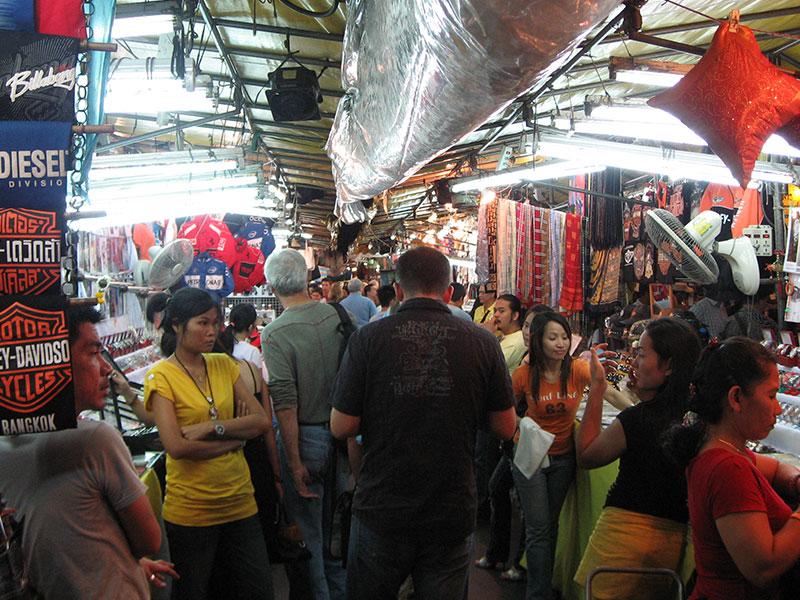 Los mejores mercados nocturnos de Bangkok