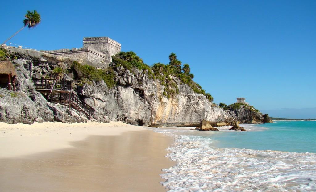 El Caribe Mexicano: Playa y Pueblos Mágicos