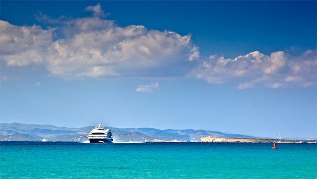 Formentera e Ibiza, islas unidas por un ferry