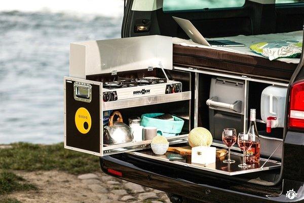 furgoneta camper cocina