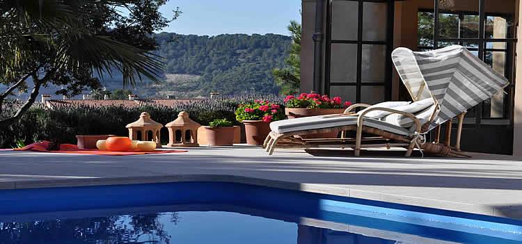 Hoteles con piscina por España